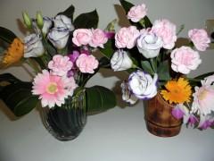生け花も祭りに華を添えました。
